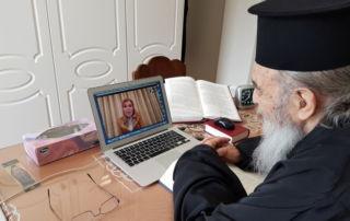 Η Μαριάννα Β. Βαρδινογιάννη συνομιλεί με τον Μητροπολίτη Ιερεμία